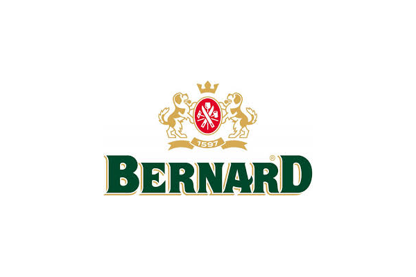Bernard ocenil odvahu policisty