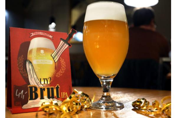 Plzeňští sládci uvařili unikátní pivo Brut IPA